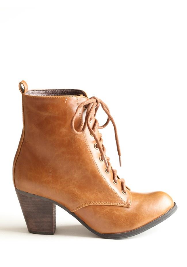 Detour Lace-up Boots By Chelsea Crew