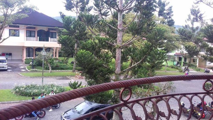 Wallpaper Hd Bunga Semanggi Villa Kota Bunga Semanggi Deals Reviews Cipanas Idn Wotif Perhiasan Retro Berlapis Emas Gelang T Bunga Wallpaper Hd Gambar Bunga