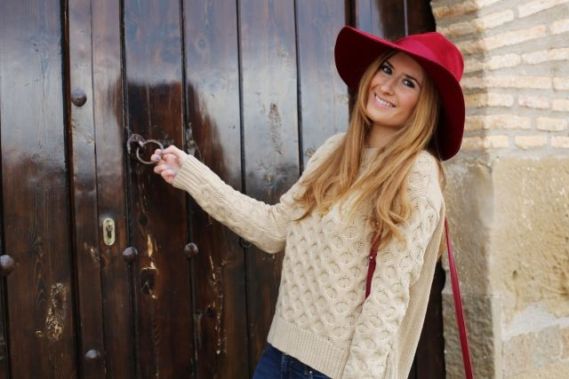 BURGUNDY HAT AND CAMEL JUMPER