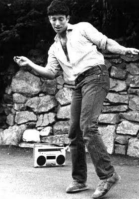 Richman Dancing