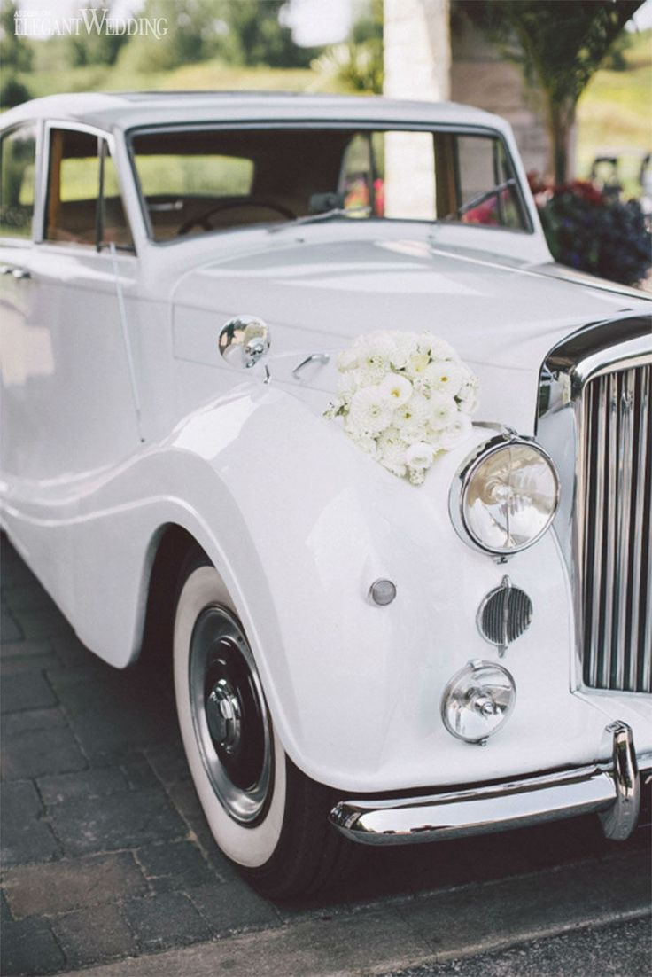 vintage white bentley for a wedding white vintage classic wedding wwwelegantweddingca