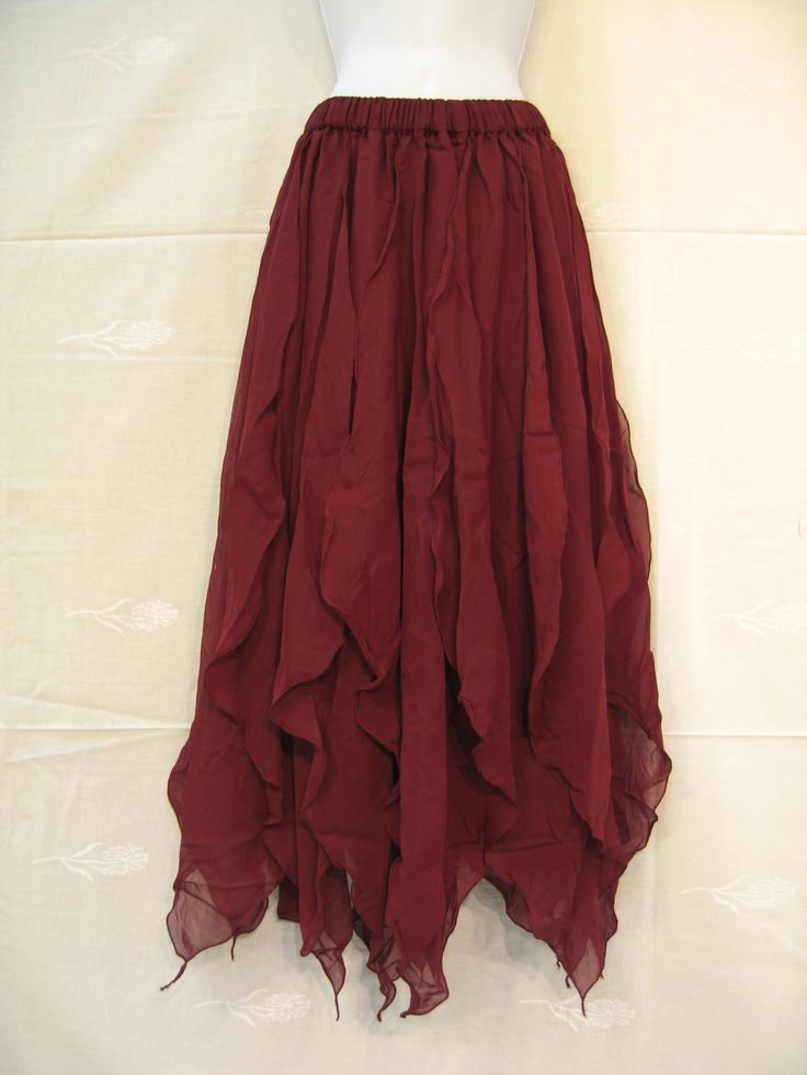 This goes here partly because I'd like to make one for myself, as it would be a lurvely dance skirt.