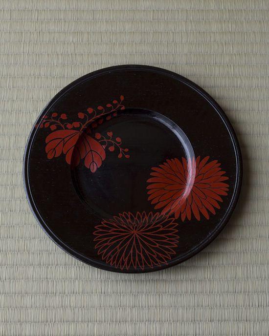 器=漆菊漆絵皿 満田道志作 江戸時代