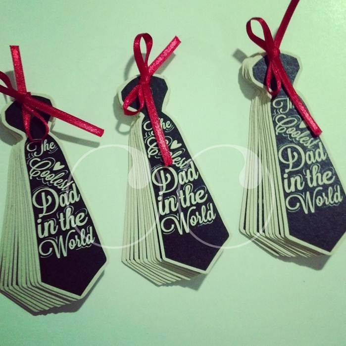 Los postres de @crisymariadelmar / Ambarella Reposteria con nuestros tags para el día del padre!  #Papeleria #WooHoo #Ideas #Diseño