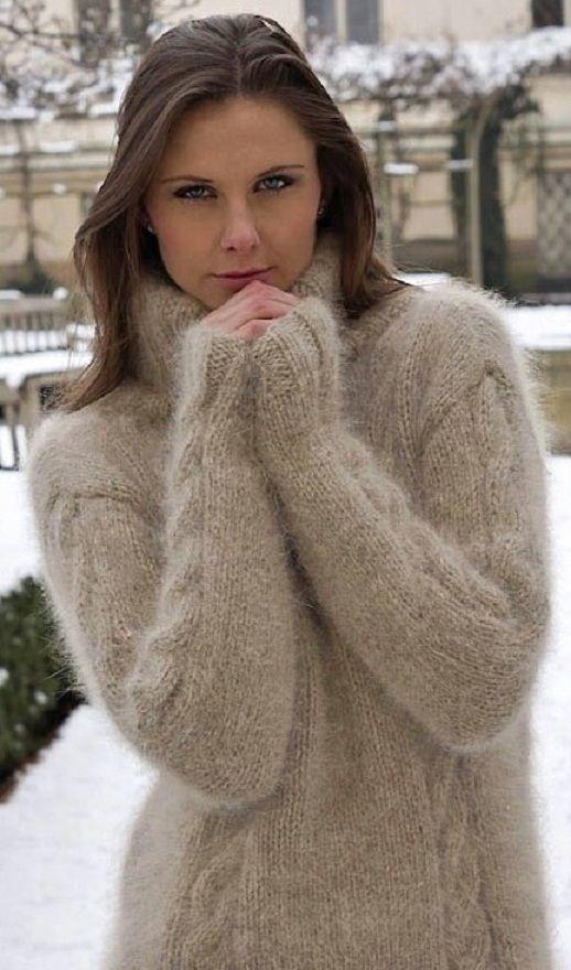 Pin by Jennie Lynn Salomon on sexy sweaters | Pinterest | Sweater ...