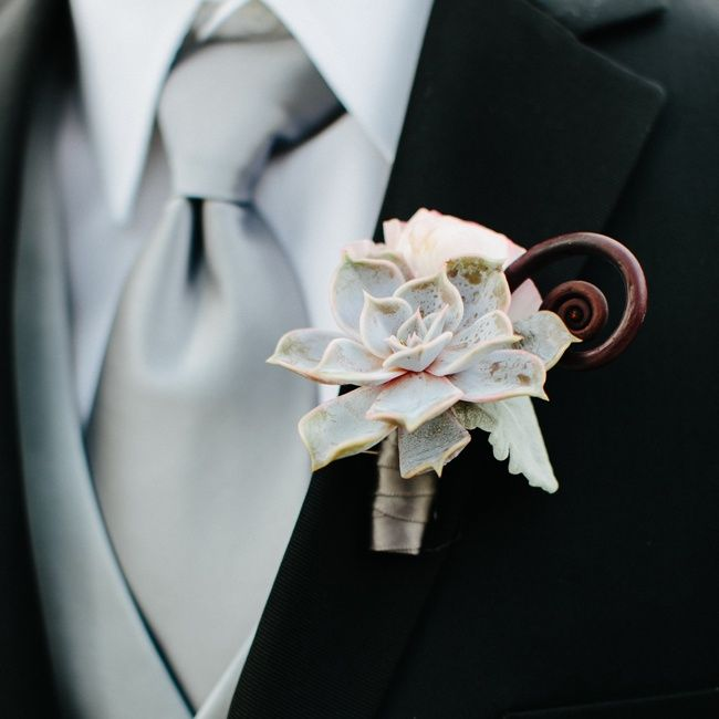 Boutonniere. Mini Succulent. Fiddlehead Fern. Grey. Vale of Enna Flowers. Trump Hote. Pen Carlson Photography. Sweetchic Events. Chicago Wedding.
