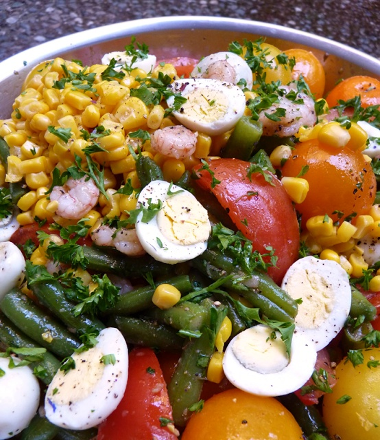 Rainbow Tomato Salad with Quail Eggs #recipe