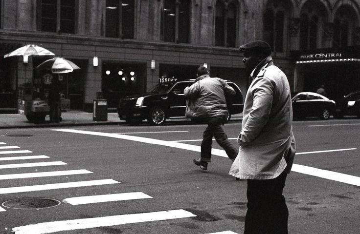 Street Photography NYC  By Andrea   http://www.salesdeplata.com