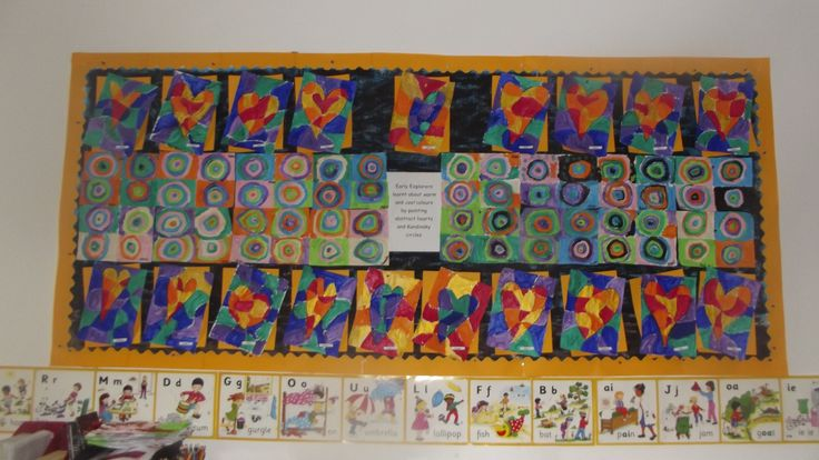 Warm and Cool colours display in Early Explorers @ Acorns Nursery Bucharest