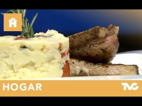 Cómo preparar chuletas de cerdo con puré de papa mediterráneo - YouTube