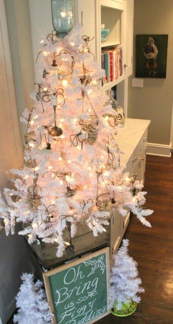 32 best white christmas tree decorating ideas images on for White christmas tree pinterest