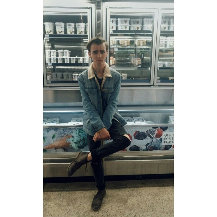 #icecream #fashion #Tumblr #Instagram #style #streetstyle #streetwear #shop #mensfashion #leathershoes #inspiration #pose #outfit #fridge #photography