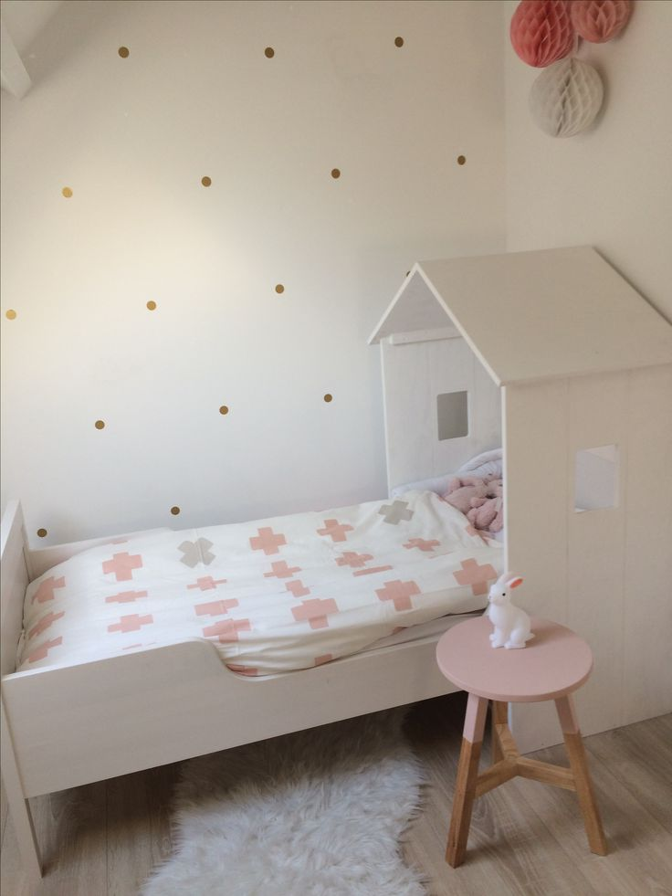 Kinderkamer meisje#huisjes bed# pastel