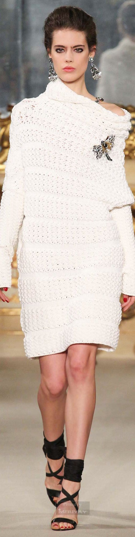 Les Copains.Fall 2015. This would be very cute and comfy with some gray or plum leggings.