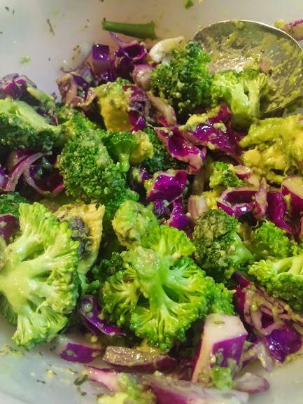 Lila-zöld saláta ~ Ketogén Paleo Receptek