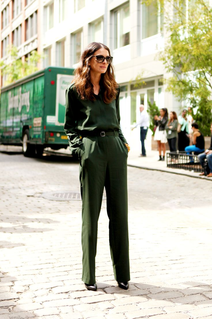 green like in the woods #wewantsale #green #streetstyle #fashion
