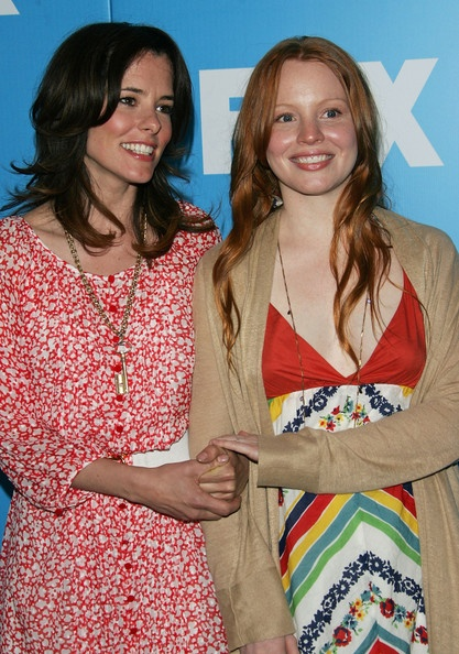 Parker Posey and Lauren Ambrose  Photo - FOX 2007 Programming Presentation
