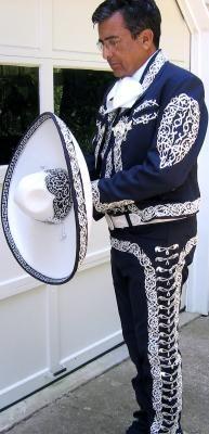 elegant+mariachi.jpg (193×400)