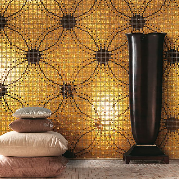 Imagine being in this spa with this calming yellow mosaic wall. Wouldn't it be a dream? Discover all the interpretations of our Colibrì collection.