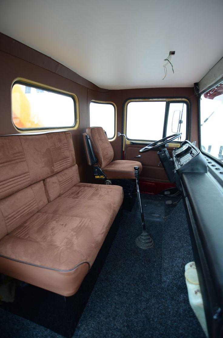 9 best images about interieur vrachtwagen on pinterest for Inside interieur