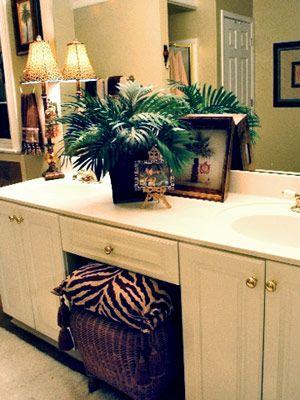 25 best ideas about safari bathroom on pinterest animal safari bathroom ideas pictures remodel and decor