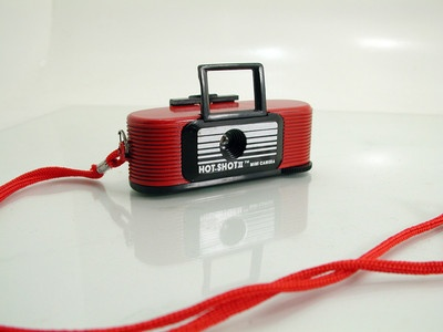 Rare Red Hot-Shot 2 Mini 110 Film Camera - FOR SALE - http://www.ebay.com/itm/121134231258?ssPageName=STRK:MESELX:IT&_trksid=p3984.m1555.l2649