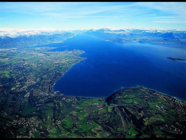 #LagoDiGarda [foto Rossano Caliari] #VisitLagoDiGarda #Gardasee #Gardameer #Gardasøen #GardaLake #LakeGarda #Italy #Italia #Italien #Italië