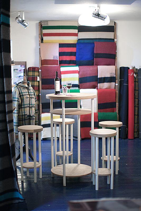 Vlněné deky a koberce/Woolen blankets and carpets,  foto © 2015 Eva Šafránková, furniture design by Markéta Jestřábová