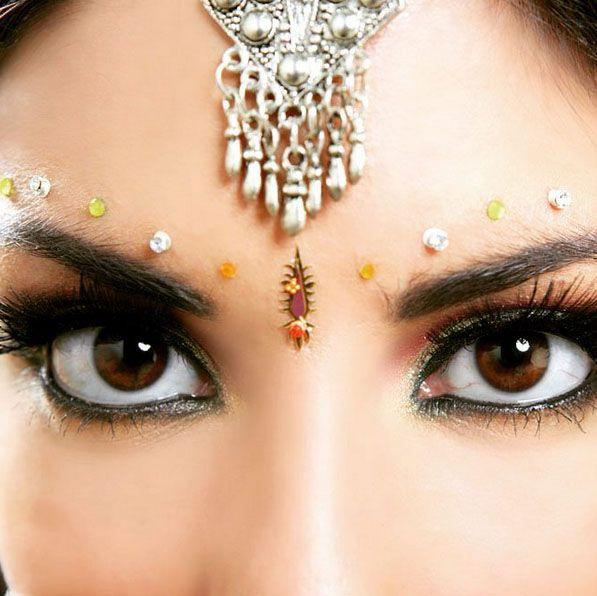 Indian Bride Eyes Wedding Destinations in india - www.TripJinnee.com #indian #wedding #indianwedding #indianwoman #indianwomen #indiandress #incredibleindia #fashion #model #indianfashion #traditional #bangle #eyes #beautiful #traveltoindia #weddingtravel #shaadi #indianmodel #jaipur #royalwedding #red #gorgeous #beauty #cool #rajasthantravel #rajasthan #jodhpur #jaipur