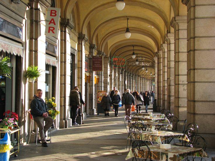 https://flic.kr/p/Si1VC4 | Genova: I portici di via Turati