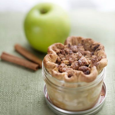 Want to go to High 5 Pies in Seattle, WA for this! Mini pies!  http://www.delish.com/recipes/cooking-recipes/americas-best-pie-shops#