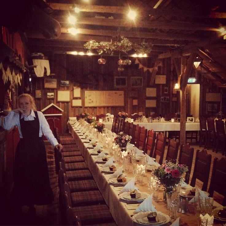Kjærligheten feires i kveld❤️ #låvebryllup #bryllup #bamsrudlåven #låve #mysen #østfold