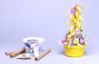 M & M's for Mom – Maypoles & Mayflowers #GoddessofGarbage #recycle #upcycle #crafts #DIY