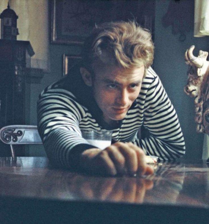 James Dean fotografiado por Sanford Roth, 1955