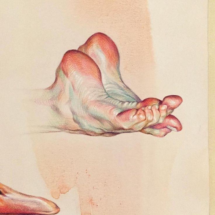 Рисунок ноги их трогают