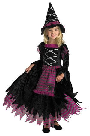 @Jò in Wonderland Pugh your granddaughter has decided she wants to be a witch for Halloween...