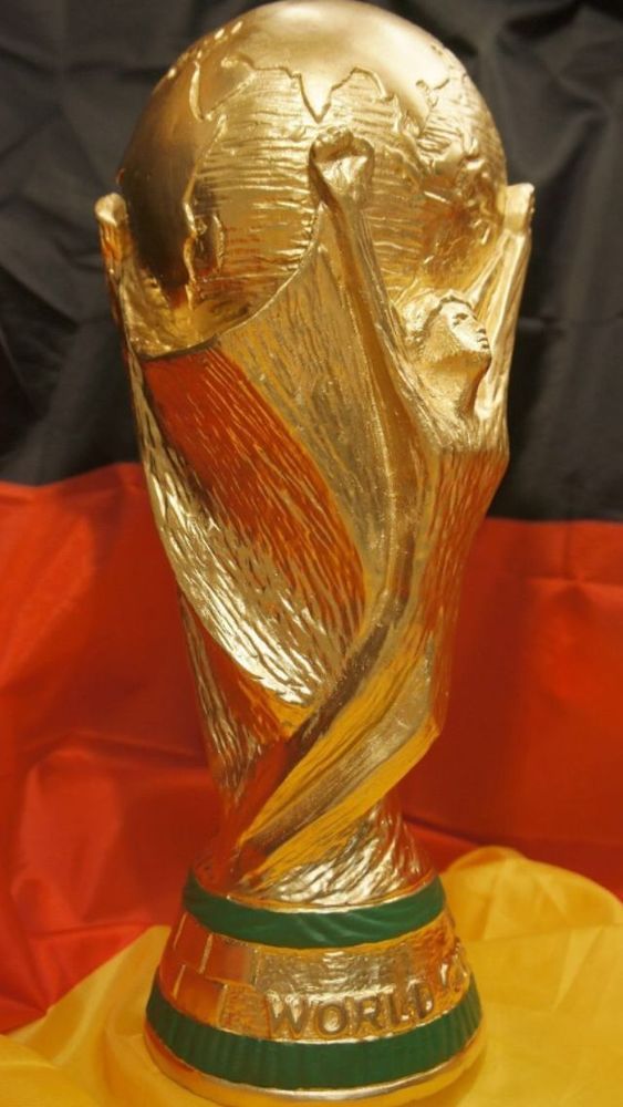 WM Pokal World Cup Pokale Deutschland Weltmeister 2014 top Dekoration Deko Gold