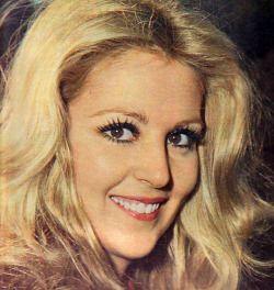 Hale Soygazi, 1975
