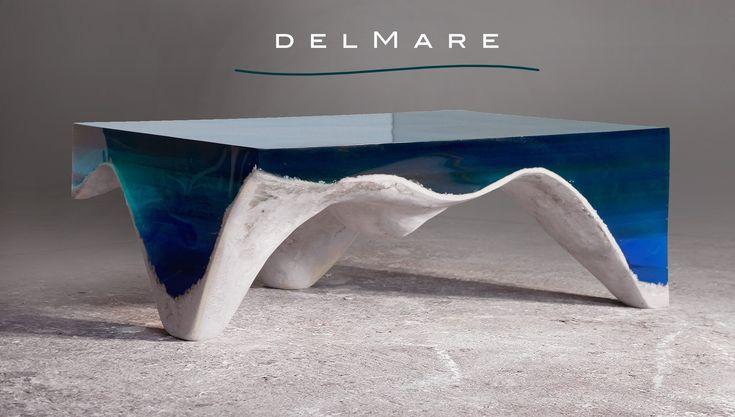 Décidément, ce type de tables massives et monolithiques couplant marbre et verre ou marbre et résine inspire les designers ! Après, l'Abyss Table de Duffy