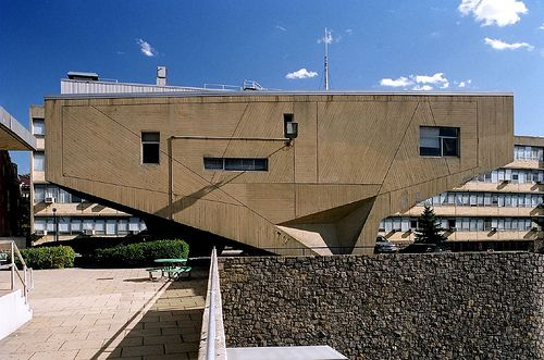 Begrisch Hall at the Bronx Community College, Bronx, New York by Marcel Breuer in 1964