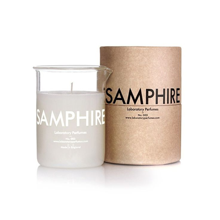 Samphire No. 003 candle is a harmony of rich aromatic notes of fresh juniper berries, citrus oil and vetiver blended with lavender, oak and amber.