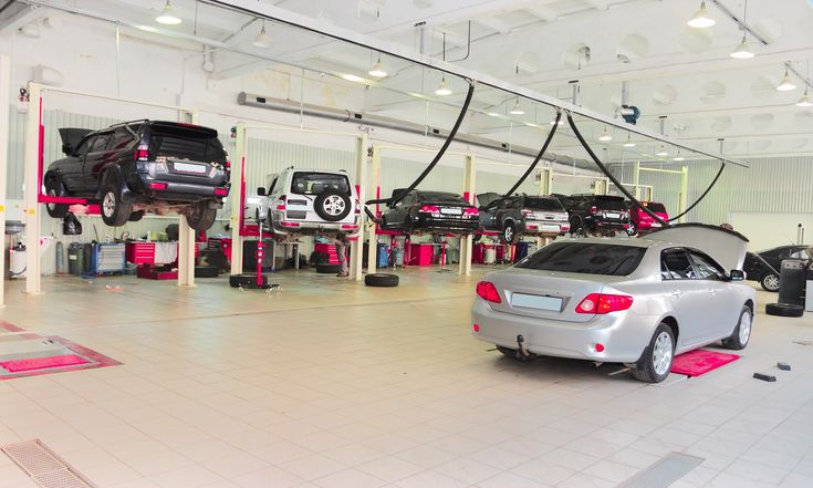 Nothing better than a super clean auto repair shop.