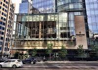 Shangri-La Hotel Toronto (5* Luxury Hotel in Toronto, Canada)