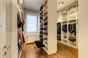 15 Vestidores y walk-in-closets que seguro te enamorarán (de Paula Meggiolaro)