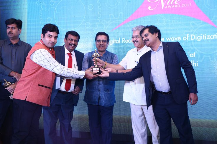 ASHTECH INFOTECH  is awarded as the BEST SYSTEM INTEGRATOR-MUMBAI is being awarded by Vinit Goenka, Member-IT Taskforce, Ministries of Shipping, Road Transport & Highways, Rajiv Kapoor (VP Sales (India & SAARC)- Cambium Networks and Savitur Prasad, Addl. CGDA, Ministry of Defence and Deepak Sahu, Publisher & Group editor- VARINDIA & Kalinga Digital Media.