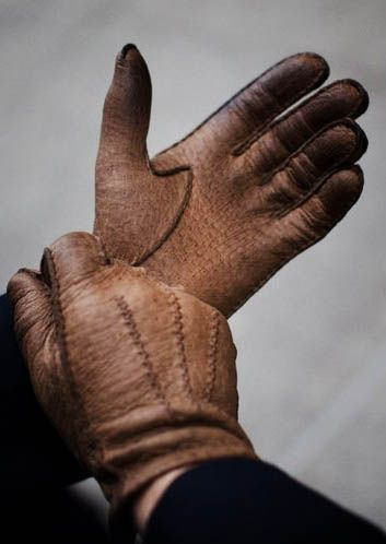 Wearing gloves gives an outfit an element of sophistication. And Real Men DO Wear GLOVES. Do you??
