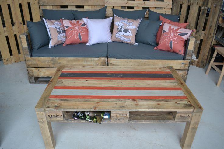 table basse en palette réalisée pour le coin détente des bureaux Salomon sur Annecy, by récup'LULU, fait à Cavaillon, France