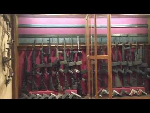 MAN CAVE GUN ROOM - YouTube