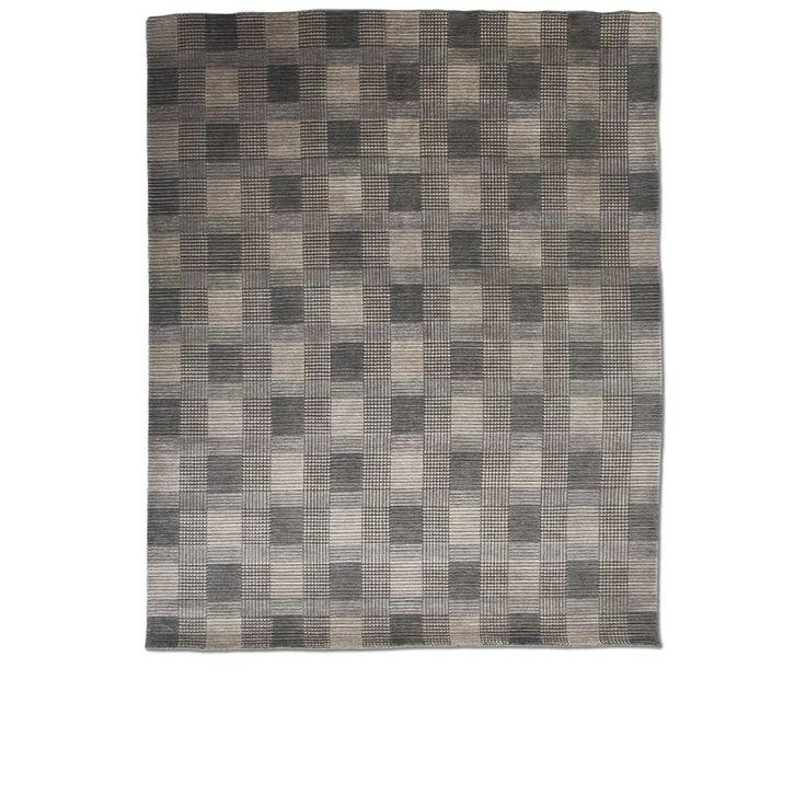 https://www.bykamy.com.br/tapetes/tapete-tartan-grey.html