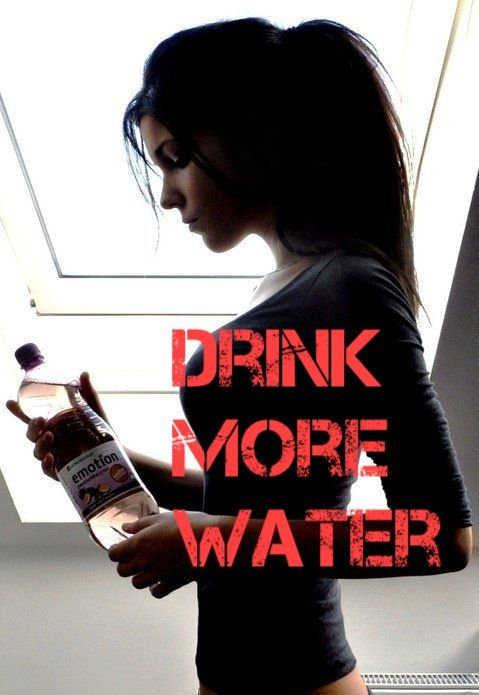 Health Benefits Of Drinking Water: Water helps in the digestive process as it helps to keep the kidney working normally.